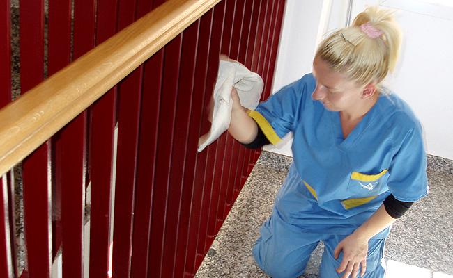 Limpieza de comunidades ag levante for Trabajo de limpieza en murcia